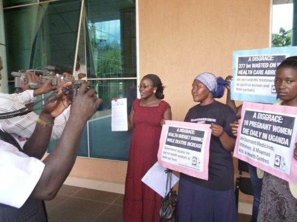Lawyer Nakibuuka Noor Musisi of CEHURD in front of the Court. Picture by Katherine Romero.